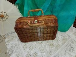 Régi, kézzel fonott, bélelt , táska, bőrönd....