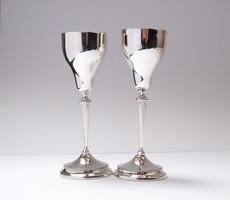 Mutatós ezüst likőrös poharak.