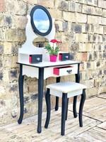 Smink asztal, fésülködő asztal, tükör