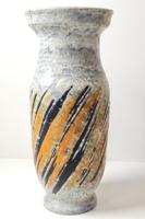 Gorka Lívia - retró  kerámia váza