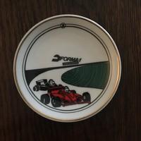 Hollóházi Forma1 emléktányér, fali tányér