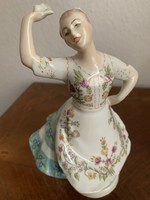 Zsolnai balerina porcelan