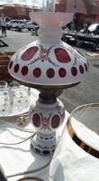 Áttört mintás asztali lámpa