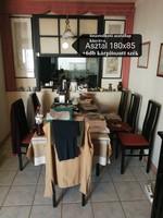Étkezőasztal 6 db székkel (fekete, fa, kihúzható)