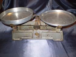 Régi 2 serpenyős Lampart művek emblémás mérleg pontosan működik 10 kg.