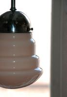 Art deco - Streamline krómozott mennyezeti lámpa felújítva - különleges formájú rózsaszín búra
