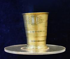 Ezüst összecsukható utazó pohár