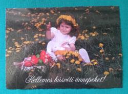 Régi húsvéti képeslap - kislány hímes tojásokkal .gyerek, postatiszta