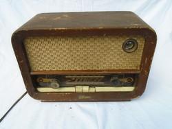 Vadásztölténygyár R 646 Velence régi rádió