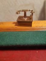 Régi réz miniatűr telefon