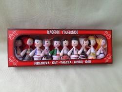 Román népművészeti fa babák (10 darab)