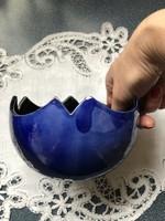 Kék kerámia cakkos kínáló tál