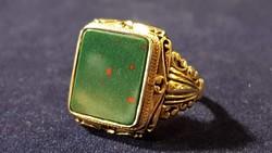 Nagyon szép, mutatós 14 K arany gyűrű Heliotróp