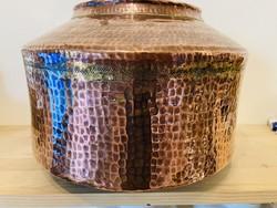 Vörösréz kézműves kalapált art deco váza