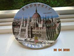 BUDAPEST PARLAMENT újszerű falitál címerrel