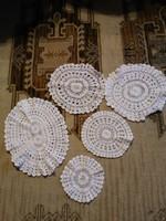 Horgolt csipke terítő szett 5 db fehér