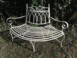 Tavaszi kertszépítő ajánlat - meseszép kovácsoltvas pad