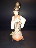 Antik Zsolnay porcelán pipázó legény figura.  32222.-Ft