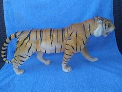 Porcelán tigris