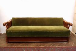 Koloniál kanapé heverő ágy ülőgarnitúra ágyneműtartós kinyitható kanapéágy 207cm