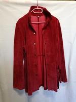 44-es női, hasított-velúrbőr kabát.