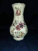 Pillangó mintás Zsolnay váza