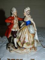 Antik Bécsi porcelán barokk pár.