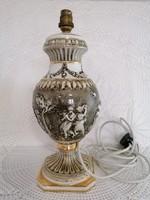 R. Capodimonte lámpa test