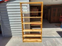 Eladó egy SZÉLES fenyő könyves polc. Bútor szép állapotú Méretei: 90 cm x 28 cm x 182 cm magas. Szál