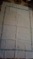 Keresztszemes hímzett vászon asztal terítő 150*100 cm
