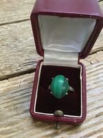 Antik ezüst gyűrű malachit kővel