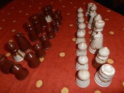 Ritka kerámia sakk-készlet