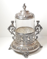 Káprázatosan szép,antik ezüstözött cukorka-bonbon kínáló üvegbetéttel!