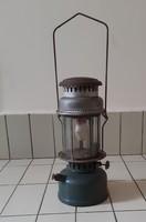 Gázharisnyás petróleum lámpa