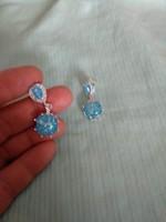 Opalizáló színű világoskék fülbevaló, szép női ékszer, opal tone blue jewellery