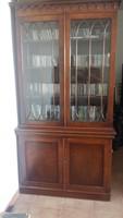 Ónémet vitrines tálaló szekrény
