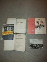 2 könyv 1869-ből, egy Prága-képeslap, 1956 Rádió ostroma könyv, és egy kihajthatós gyerekkönyv