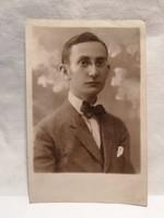 Fiú portré fotó képeslap