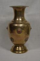 Kövekkel díszített réz váza  ( DBZ 00132 )