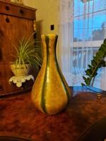 Antik képcsarnokos szép váza! 21cm.