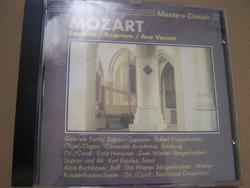 Mozart: Exultate/requiem/Ave verum CD  A közreműködő művészek adatai a fényképeket láthatók.