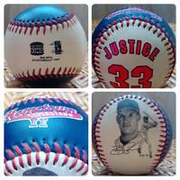 Vintage baseball labda 1997-ből ( Cleveland Indians és játékosa Justice #33)