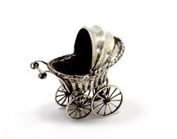 Ezüst babakocsi miniatűr (ZAL-Ag94513)