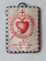 Régi vallási kegytárgy Jézus Szíve