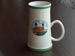 Debrecen. Nagytemplom, hollóházi porcelán kupa, korsó