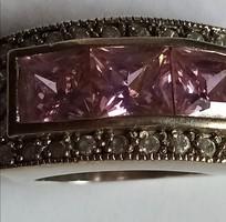 Ezüst gyűrű rózsaszín cirkónia kővel, különleges darab