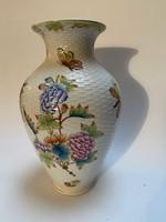Herendi váza, Viktória mintás, fonott kosár felülettel, 23 cm