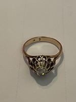 Nagyon szép régi hibátlan 14 kr aranygyűrű gyémánttal diszitve eladó!Ara:54.000.-