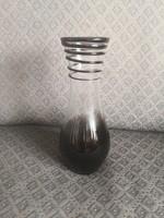Gyönyörű fekete-fehér váza - szakított üveg, spirál relief és két színű test
