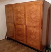 Intarziás szekrény a 70-es évekből